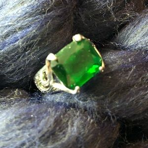 Other - Beautiful emerald green color ring